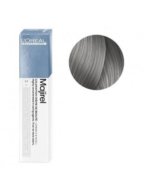Coloration avec ammoniaque Majirel n°8.1 Blond clair cendré de L'Oréal Professionnel
